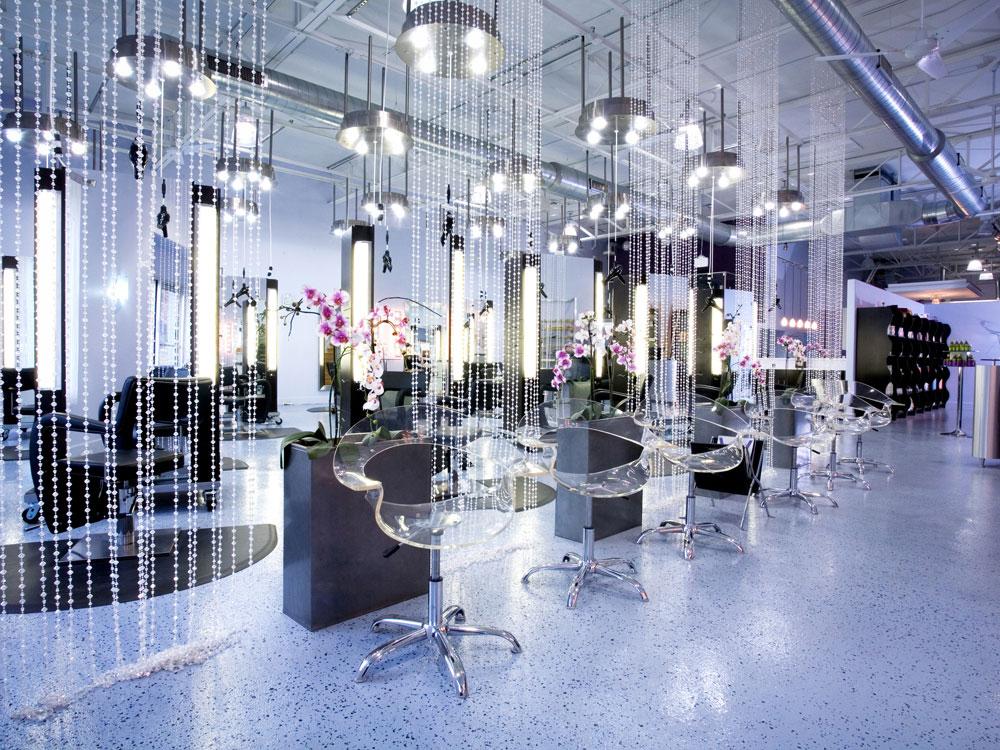 Salon galleries roca salon for Aaina beauty salon electronic city