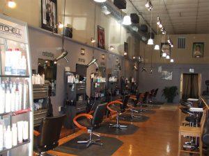 6 salon stations