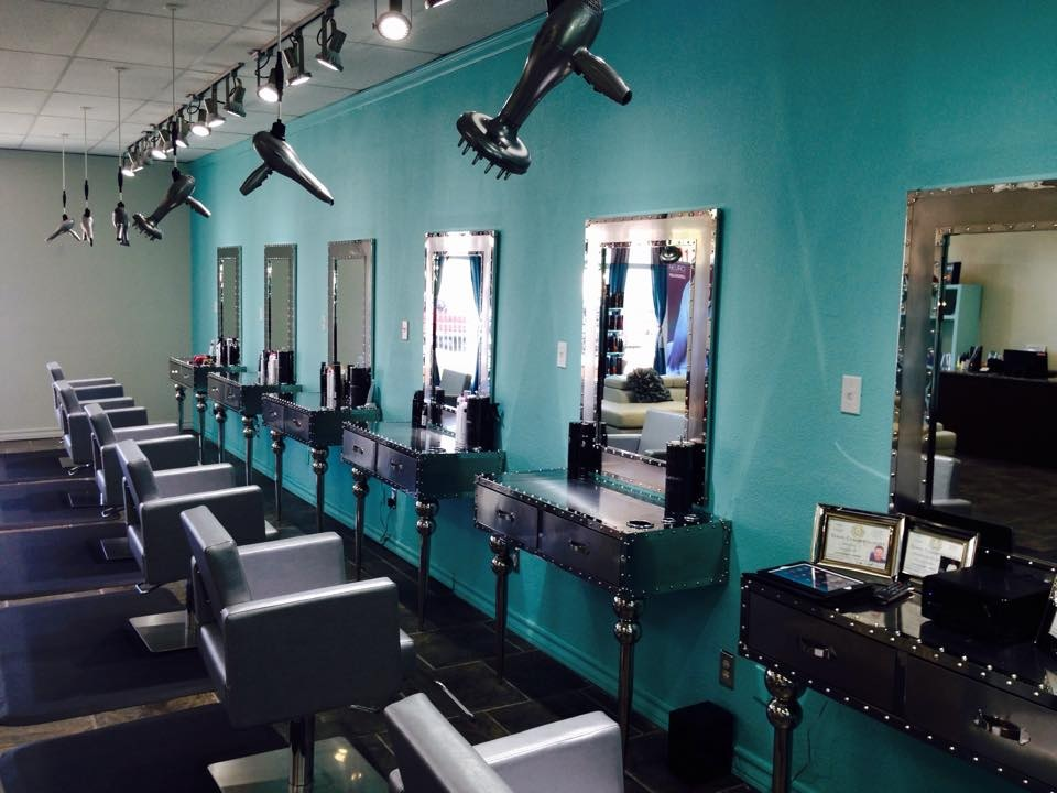 Salon galleries d m paul mitchell focus salon for A salon paul mitchell